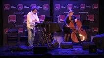 Concert A L'improviste, avec Elise Dabrowski (voix et contrebasse) et Sébastien Béranger (électroniques)