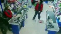 Soygun kameraya yansımıştı. Isparta'da silahlı kar maskeli market soygunu şüphelileri tutuklandı