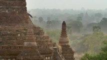 """Les temples de Bagan (Birmanie). Extrait de la série documentaire """"Monuments sacrés"""""""