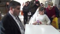 Engelli Çiftler 8 Yıl Sonra Gelinlik ve Damatlık Giydi