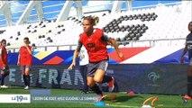 Leçon de football avec Eugénie Le Sommer