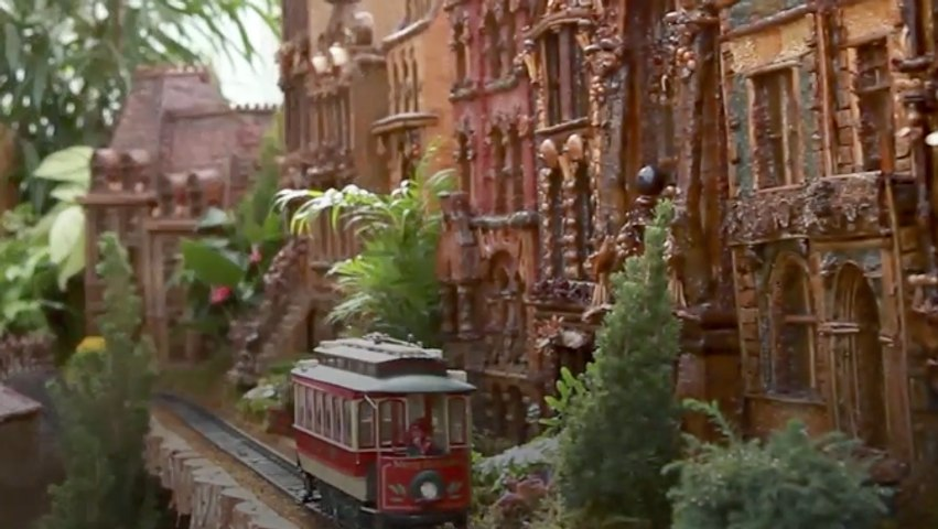 This Holiday Train Show is Completely Made Out of Plants