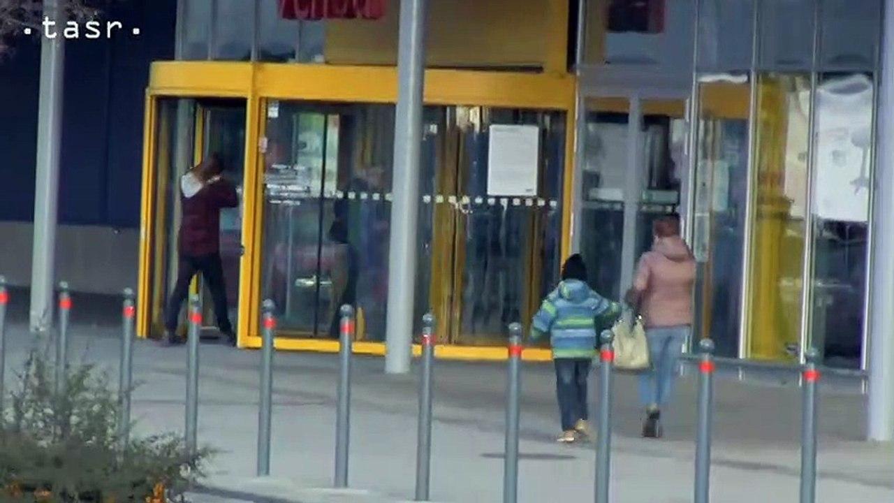 V bratislavských nákupných centrách sa začali novoročné výpredaje