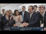 مصري باليابان يحاول تقبيل يد السيسي والرئيس يرفض ويبادر بتقبيل رأسة