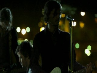 Powderfinger - Nobody Sees - Live, Taken from The Across The Great Divide Tour DVD