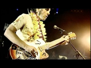 The Vasco Era - Honey Bee (When It Was Making Weird Love Songs)