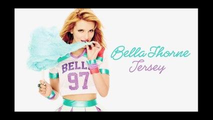 Bella Thorne - Paperweight