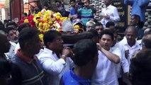 Sachin Tendulkar, Vinod Kambli Attend Childhood Coach Ramakant Achrekar Last Rites