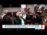 Manifestantes arrojan objetos e insultan a miembros de la SCJN | Noticias con Francisco Zea
