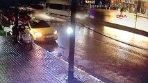 İstanbul Beyoğlu'nda Otomobilin Çarptığı Yaya Öldü, Çarpma Anı Kamerada
