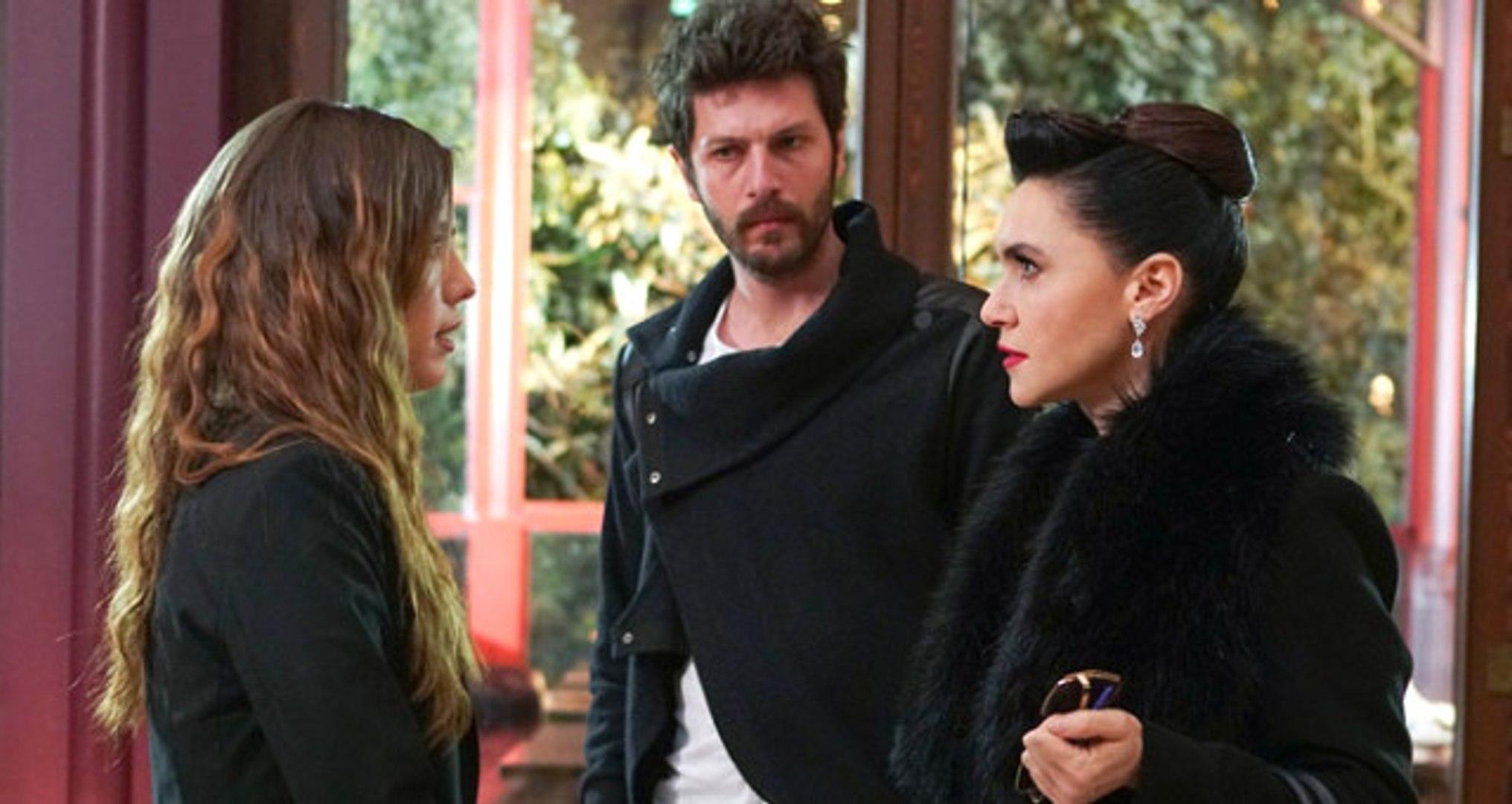 Oyuncu Nesrin Cavadzade Yasak Elma Dizisinin Kadrosuna Dahil Oluyor
