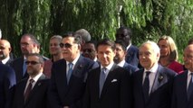 Vertice sulla Libia a Palermo, foto di gruppo con Conte e Serraj