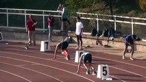 Ce chien bat 2 sprinteurs sur un 400m en pleine compétition d'Athlétisme !