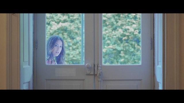 Ella Crisley - Sonhos No Papel
