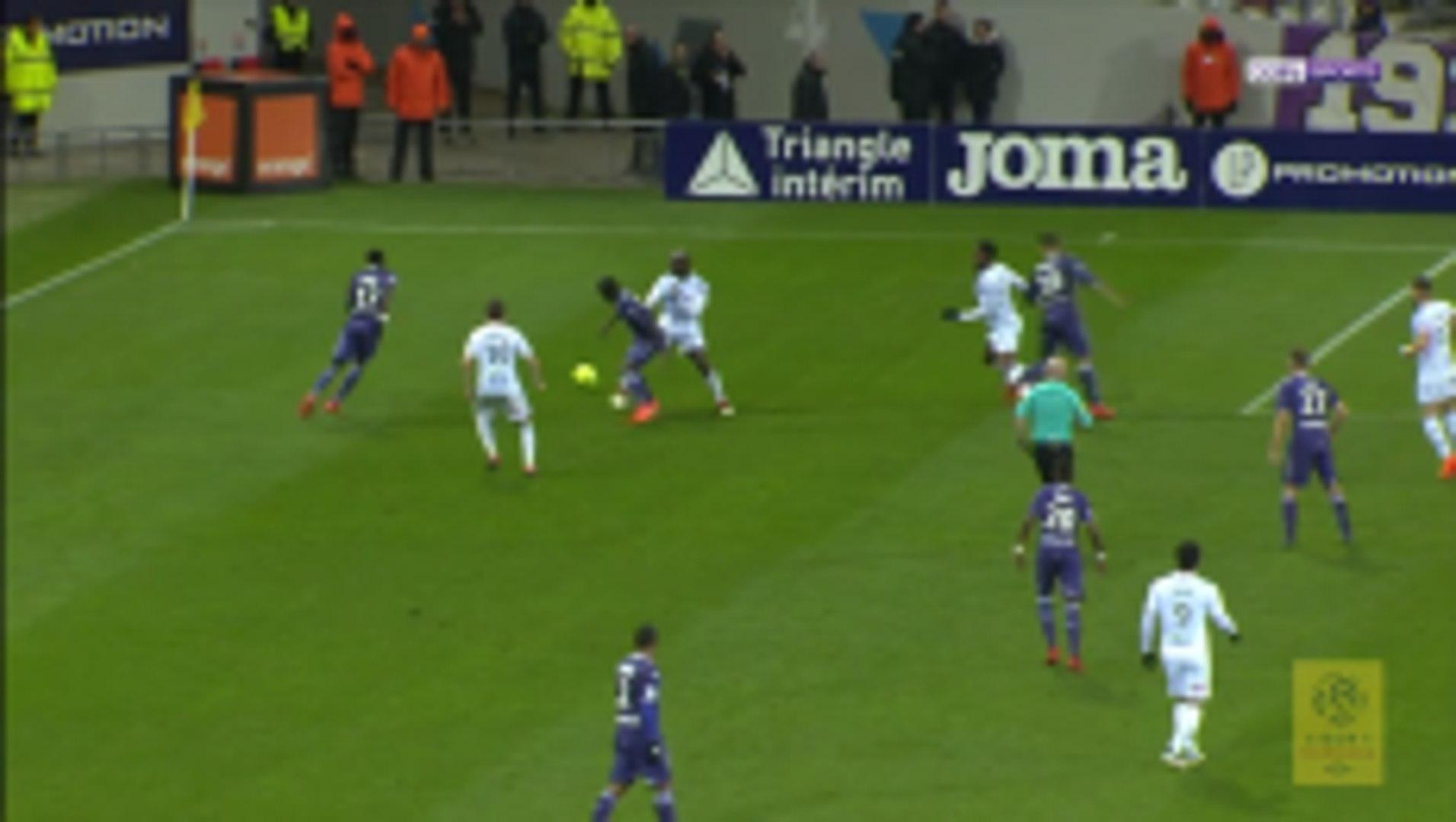 Yaya Sanogo scores twice in three minutes