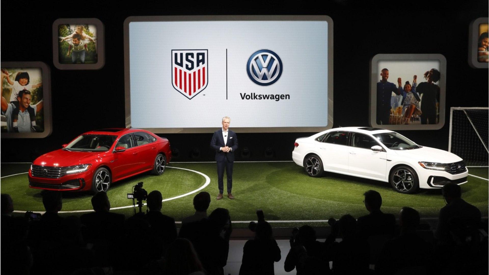 New VVW Passat Unveiled At Detroit Auto Show