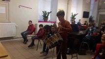 Binche: Ateliers d'initiation au tambour pour les enfants au Musée international du Carnaval et du Masque