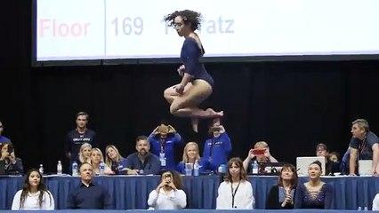 Elle obtient une note de 10 en gymnastique au sol