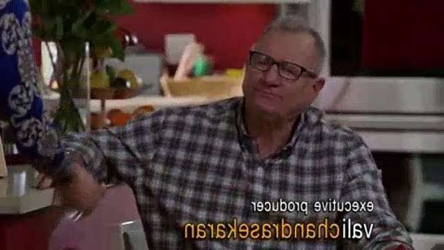 Modern Family - S10E12 - Blasts from the Past
