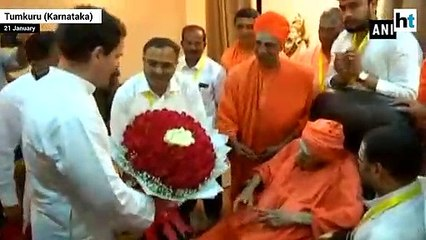 Karnataka seer Shivakumara Swami dies at 111