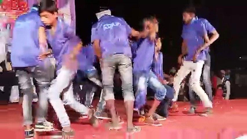 Boys dance group