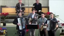 Colaj Muzica Crestina Video - Fratii de la Izvin. Muzica la Acordeon
