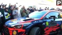 Rallye Monte-Carlo : Sébastien Loeb de retour au paddock après sa victoire sur la 4e spéciale