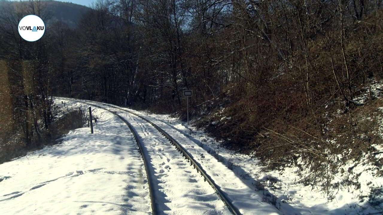 UNIKÁTNY VLAKOVÝ VIDEOPROJEKT: Z Utekáča do Lučenca zasneženým krajom