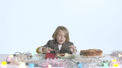 Kids Try 100 Years of Christmas Desserts
