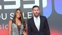 Barcelone - Messi sur le tapis rouge pour la sortie d'un film à son sujet