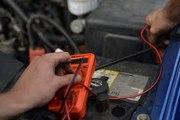 Comment tester et diagnostiquer une batterie de voiture ?