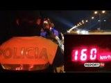 Report TV - Po 'fluturonte' me 160 km/h, radari kap pilotin në Sauk