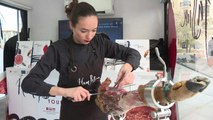 Espagne : couper du jambon, un art qui se féminise