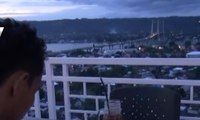 Menikmati Pemandangan Teluk Ambon dari Kafe di atas Gunung