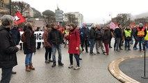 Manifestation pour le pouvoir d'achat : 300 personnes dans la rue