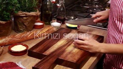 Karamelize Soganli BiftekS andvic