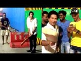 God Of Cricket Sachin Tendulkar Playing Cricket on Street of Mumbai | Sachin Tendulkar Gully Cricket