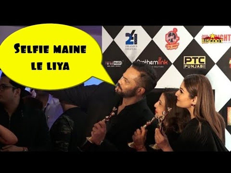 Rohit Shetty, Farah Khan And Raveena Tandon selfie game | Colors IWMBuzz TV Awards 2019
