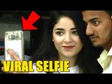 Dangal Girl Zaira Wasim's SELFIE with Fans goes Viral | Zaira Wasim Walking on Streets of Mumbai