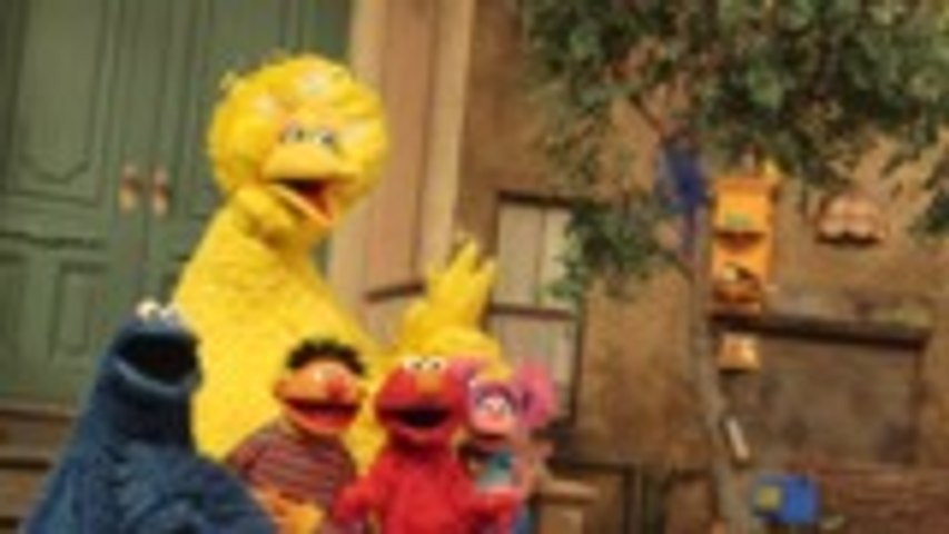 'Sesame Street' Characters, Elmo, Big Bird, Abby Play 'How Well Do You Know?
