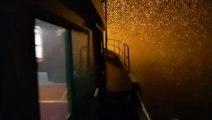 Un marin pêcheur filme la neige depuis son chalutier