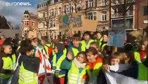 الشباب البلجيكي في الشارع من أجل المناخ واستقالة وزيرة البيئة