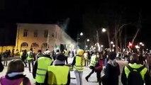 Gilets jaunes Besançon Derniers échanges avec la police dans la rue Charles Nodier