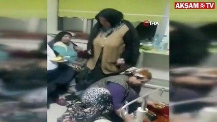 Hastane odasında çiğ köftesi partisi