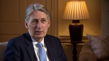 Hammond: Economy 'overshadowed by uncertainty by Brexit'
