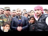 Penaberên Rojava Mezintirîn ala Kurdî hildan bo piştgiriya şandeyê Kurd