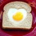 أفكار بسيطة لفطور رومانسي بالفالنتاين
