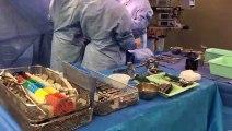 Besançon Pose d'une prothèse de genoux sur une patiente sexagénaire à la Clinique Saint-Vincent