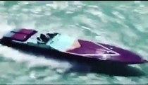 Régis mets les watts sur son hors-bord il fait des sauts assez fous sur des vagues.