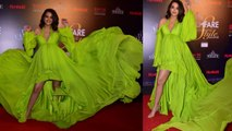 Surveen Chawla flaunts her baby bump at Filmfare Glamour and Style Awards; Watch video | Boldsky
